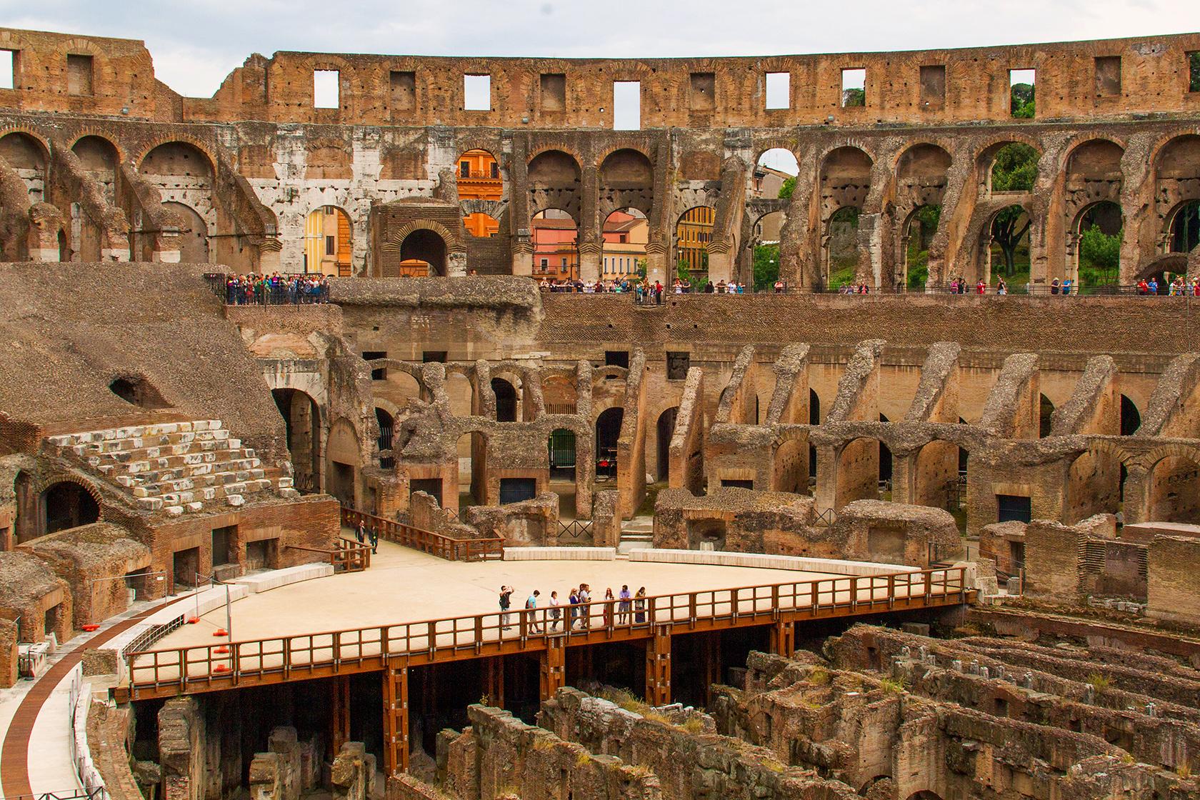 ผลการค้นหารูปภาพสำหรับ Colosseum
